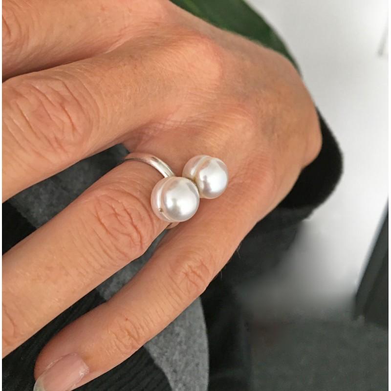 Dione Perlenring: Silberring mit 9mm Süsswasserperlen - verstellbare Ringschiene