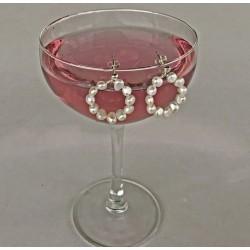 Leda Perlenohrstecker aus Süsswasserperlen und Silber