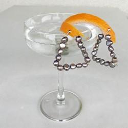 Damia Perlenohrringe grau aus Süsswasserperlen und Silber