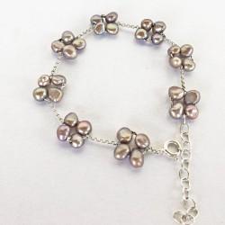 Eudora Perlenarmband grau aus Süsswasserperlen und Silber