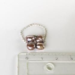 Proto Fingerkettchen aus grösseren Perlen weiss und schwarz