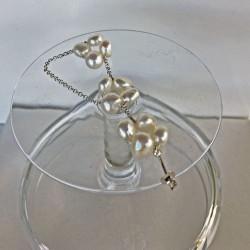 Perlen-Earcuff aus weissen Süsswasserperlen und Silber