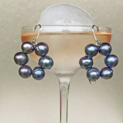 Halia Perlenohrringe grau-blau aus Süsswasserperlen und Silber