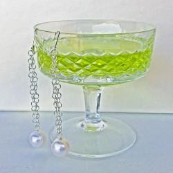 Aella Perlenohrringe aus Süsswasserperlen und Silber